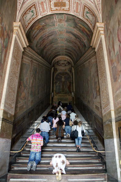 Restoring「Restored Chapel Paintings Unveiled in Rome」:写真・画像(11)[壁紙.com]