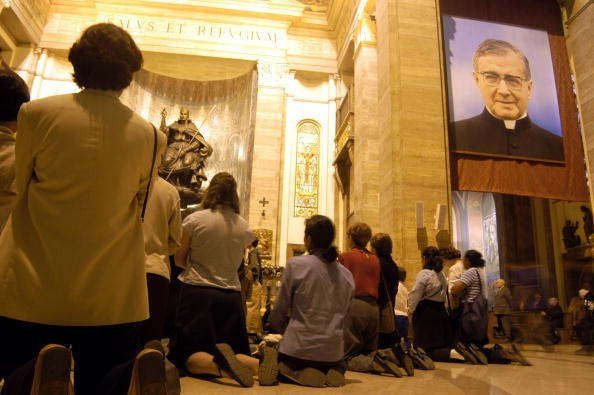 Togetherness「Opus Dei Founder To Be Canonized」:写真・画像(2)[壁紙.com]