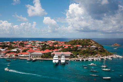 French Overseas Territory「Luxury yachts in harbor」:スマホ壁紙(14)