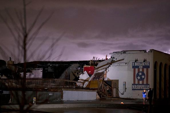 Nashville「Tornado Hits Nashville, Tennessee」:写真・画像(1)[壁紙.com]