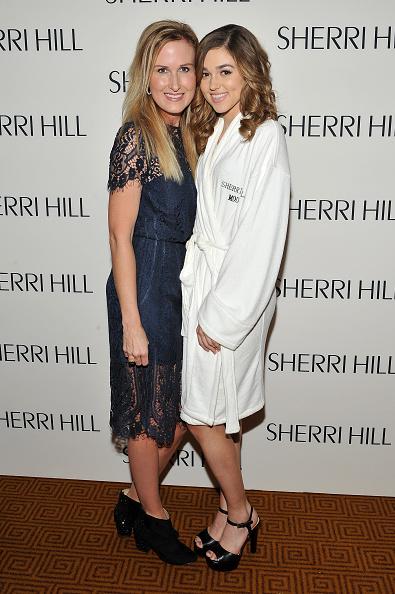 D Dipasupil「Sherri Hill - Backstage - Fall 2016 New York Fashion Week: The Shows」:写真・画像(2)[壁紙.com]