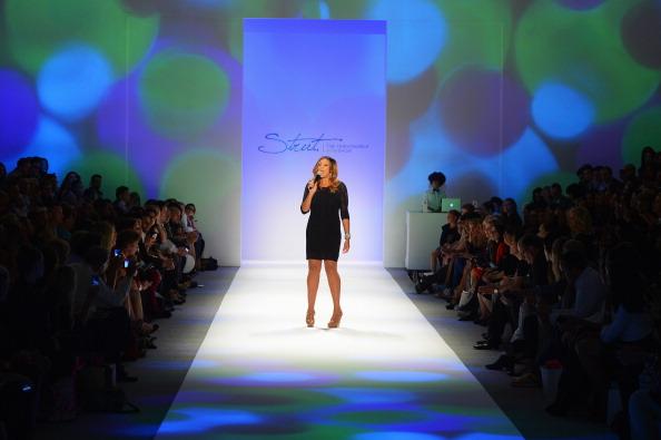 Fashionable「Strut: The Fashionable Mom Show - Runway - Spring 2013 Mercedes-Benz Fashion Week」:写真・画像(10)[壁紙.com]