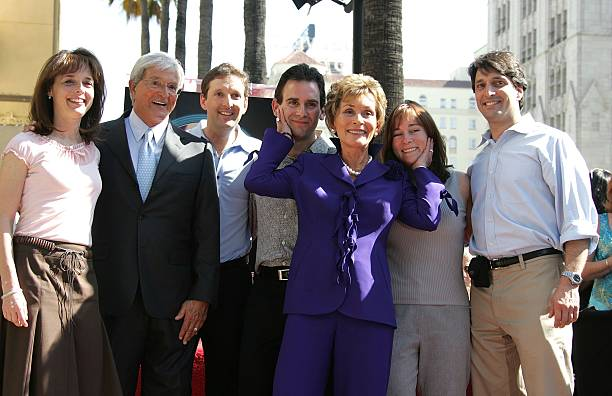 Judge Judy Receives A Star On The Walk Of Fame:ニュース(壁紙.com)