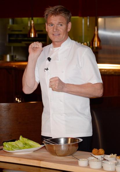 Salad「Gordon Ramsay Steak Opening News Conference」:写真・画像(4)[壁紙.com]