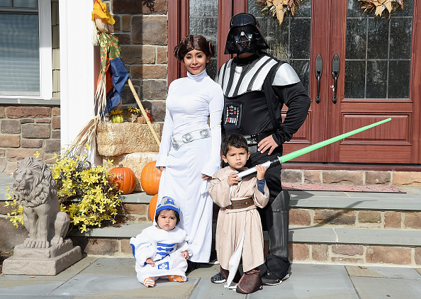 "Star Wars Series「Nicole ""Snooki"" Polizzi, Jionni Lavalle And Family Celebrate Halloween 2015」:写真・画像(4)[壁紙.com]"
