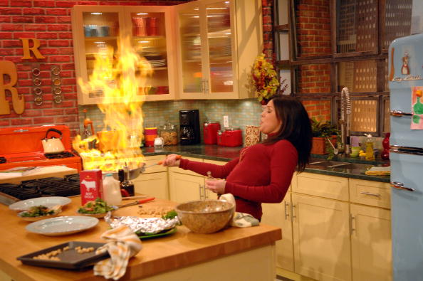 Cooking「Rachael Ray Welcomes Montel Williams To Her Show」:写真・画像(6)[壁紙.com]