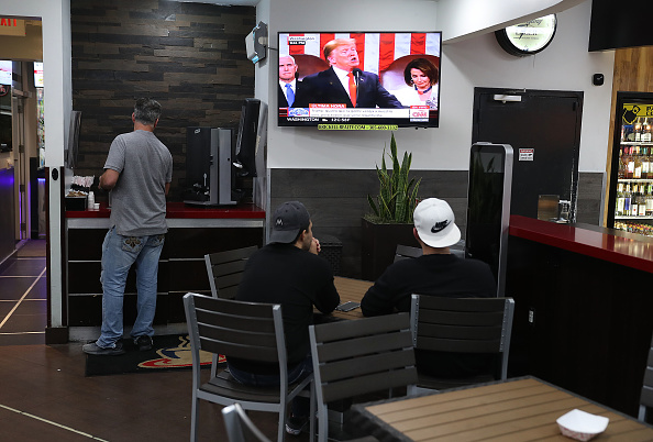 Florida - US State「Venezuelan Community In Doral Watches Trump's State Of The Union Address」:写真・画像(11)[壁紙.com]