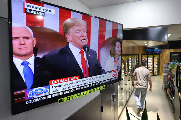 Florida - US State「Venezuelan Community In Doral Watches Trump's State Of The Union Address」:写真・画像(17)[壁紙.com]