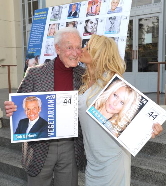 Vegetarian Food「PETA Goes Postal: Bob Barker and Pamela Anderson Unveil Vegetarian Icons Postage Sheet」:写真・画像(19)[壁紙.com]