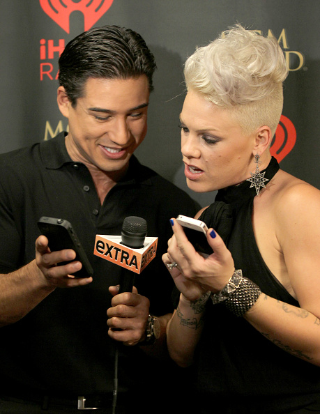 Mario Lopez「2012 iHeartRadio Music Festival - Day 1 - Backstage」:写真・画像(15)[壁紙.com]