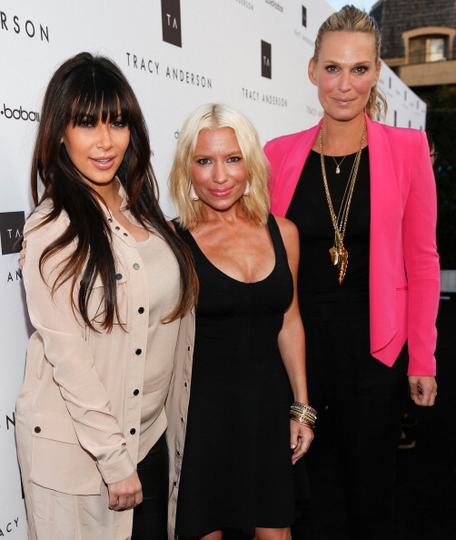 Pink Jacket「Gwyneth Paltrow And Tracy Anderson Celebrate Opening Of Tracy Anderson Flagship Studio」:写真・画像(16)[壁紙.com]
