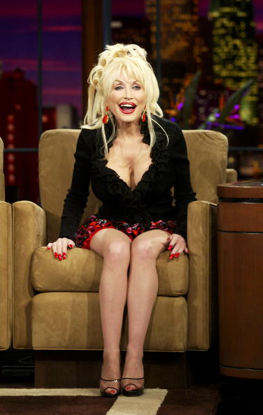 Push Cart「Dolly Parton Appears on The Tonight Show with Jay Leno」:写真・画像(1)[壁紙.com]