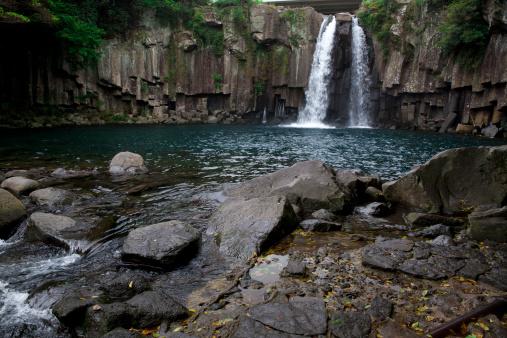 済州島「Cheonijyeon Waterfall」:スマホ壁紙(17)