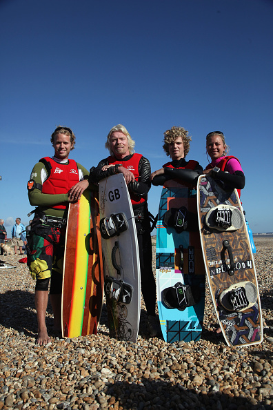 Dan Kitwood「Richard Branson Celebrates Birthday With Channel Kite Surfing Challenge」:写真・画像(8)[壁紙.com]