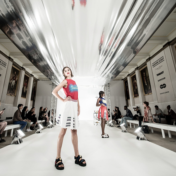 London Fashion Week「Instant View - LFW September 2016」:写真・画像(10)[壁紙.com]