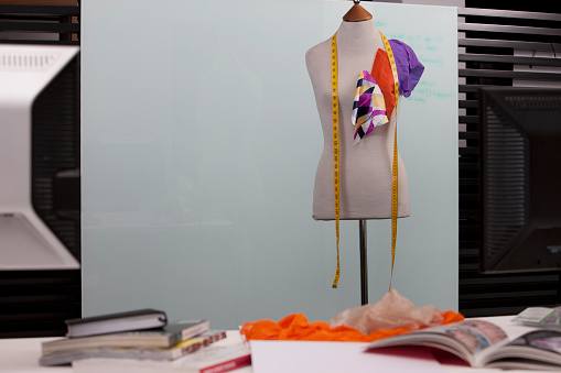 Sewing「Dressmakers mannequin in a studio」:スマホ壁紙(15)