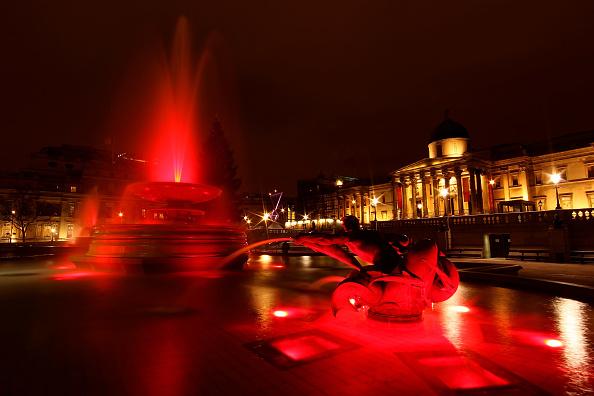 Clive Brunskill「London Turns RED For World AIDS Day」:写真・画像(6)[壁紙.com]