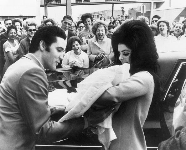 エルヴィス・プレスリー「Baby Presley」:写真・画像(17)[壁紙.com]