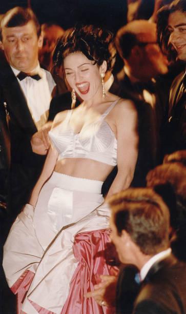 Madonna In Cannes:ニュース(壁紙.com)