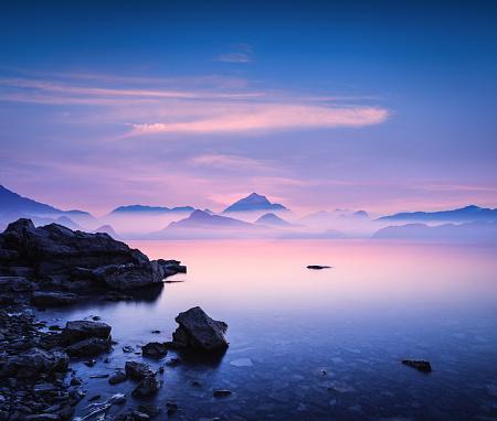 Seascape「Sunset On a Rocky Beach」:スマホ壁紙(19)