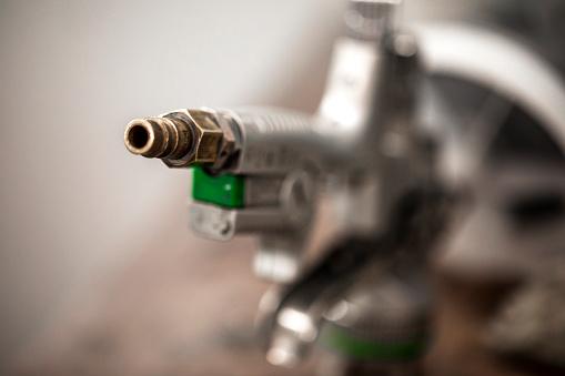 Airbrush「A paint spray gun nozzle tip」:スマホ壁紙(9)