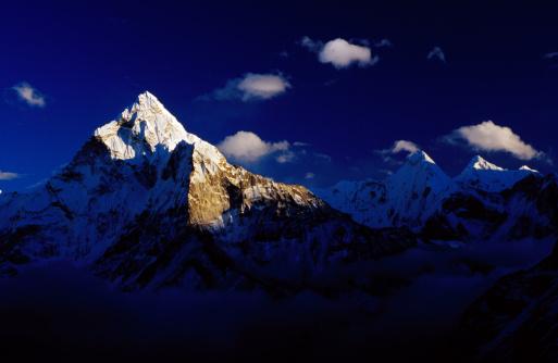 Khumbu「Ama Dablam (6856m) & Hinku Himal from Dzongla.」:スマホ壁紙(6)