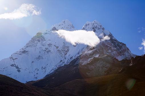 Khumbu「Ama Dablam seen from Dingboche, Nepal」:スマホ壁紙(10)