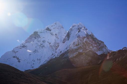 Khumbu「Ama Dablam seen from Dingboche, Nepal」:スマホ壁紙(19)