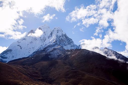 Khumbu「Ama Dablam seen from Dingboche, Nepal」:スマホ壁紙(9)