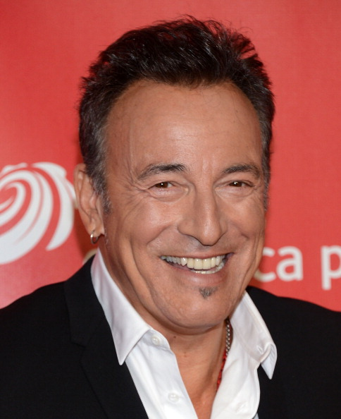 Jason Kempin「The 2013 MusiCares Person Of The Year Gala Honoring Bruce Springsteen - Arrivals」:写真・画像(12)[壁紙.com]