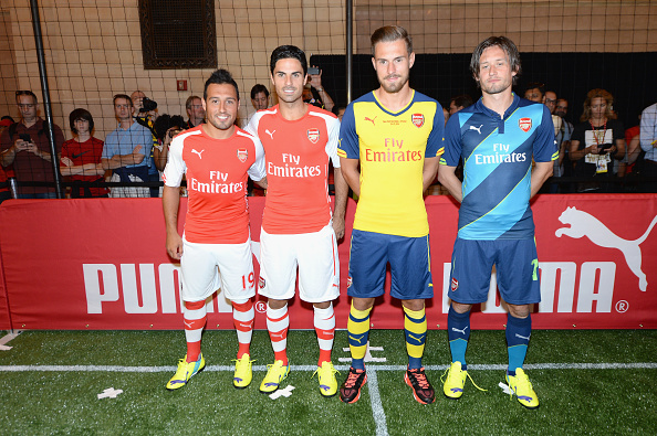 Aaron Ramsey「PUMA Partners With Arsenal Football Club To Debut Monumental Cannon In Grand Central Station」:写真・画像(13)[壁紙.com]