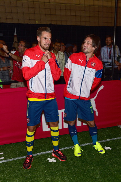 Aaron Ramsey「PUMA Partners With Arsenal Football Club To Debut Monumental Cannon In Grand Central Station」:写真・画像(0)[壁紙.com]