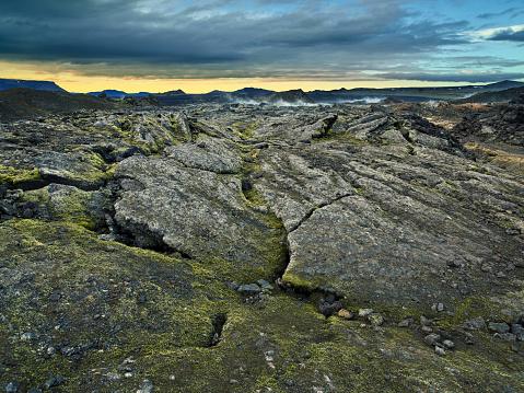 Volcanic Landscape「The Krafla Lava Fields,  Myvatn area, Northern Iceland」:スマホ壁紙(11)