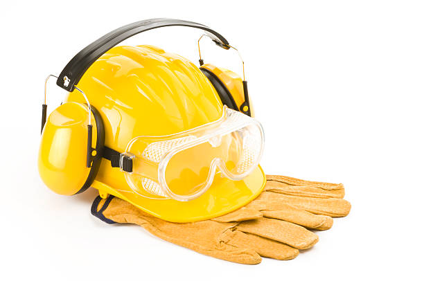 Yellow protective gear for safety worker:スマホ壁紙(壁紙.com)