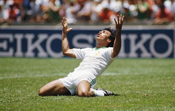 Mexico「Hugo Sanchez  Mexico v Paraguay FIFA World Cup 1986」:写真・画像(12)[壁紙.com]