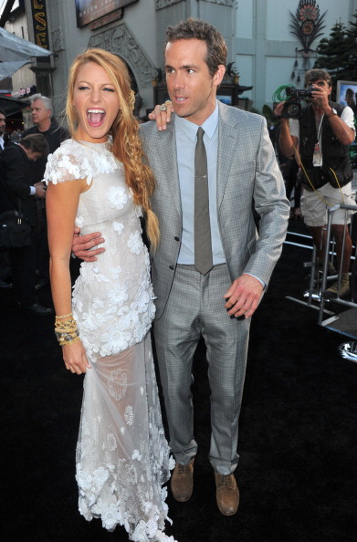 "Alberto E「Premiere Of Warner Bros. Pictures' ""Green Lantern"" - Red Carpet」:写真・画像(9)[壁紙.com]"