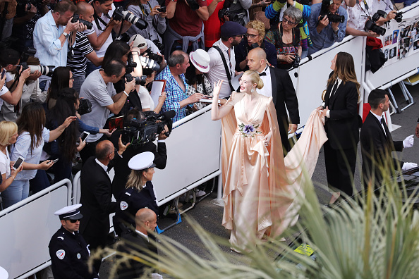 "International Cannes Film Festival「""The Dead Don't Die"" & Opening Ceremony Red Carpet - The 72nd Annual Cannes Film Festival」:写真・画像(3)[壁紙.com]"