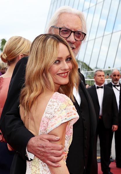 ヴァネッサ・パラディ「'Cafe Society' & Opening Gala - Red Carpet Arrivals - The 69th Annual Cannes Film Festival」:写真・画像(17)[壁紙.com]