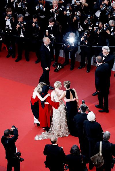 ヴァネッサ・パラディ「Closing Ceremony - Red Carpet Arrivals - The 69th Annual Cannes Film Festival」:写真・画像(19)[壁紙.com]