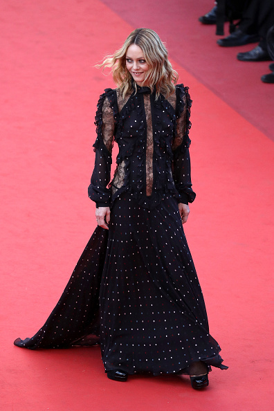 """Vanessa Paradis「""""From The Land And The Moon (Mal De Pierres)"""" - Red Carpet Arrivals - The 69th Annual Cannes Film Festival」:写真・画像(13)[壁紙.com]"""