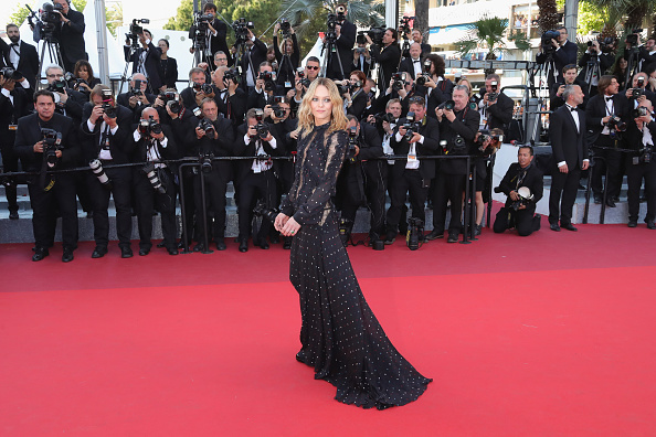 ヴァネッサ・パラディ「'From The Land And The Moon (Mal De Pierres)' - Red Carpet Arrivals - The 69th Annual Cannes Film Festival」:写真・画像(11)[壁紙.com]