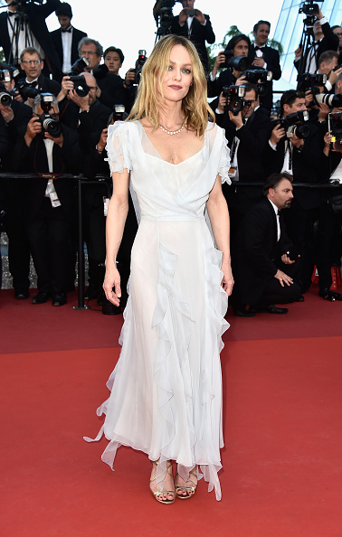 ヴァネッサ・パラディ「'The Last Face' - Red Carpet Arrivals - The 69th Annual Cannes Film Festival」:写真・画像(6)[壁紙.com]