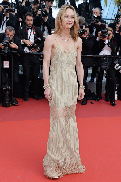 ヴァネッサ・パラディ「'The Unknown Girl (La Fille Inconnue)' - Red Carpet Arrivals - The 69th Annual Cannes Film Festival」:写真・画像(7)[壁紙.com]
