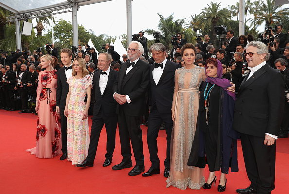 """Kirsten Dunst「""""Cafe Society"""" & Opening Gala - Red Carpet Arrivals - The 69th Annual Cannes Film Festival」:写真・画像(18)[壁紙.com]"""