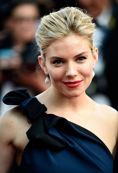 "Sienna Miller「Opening Ceremony & ""La Tete Haute"" Premiere - The 68th Annual Cannes Film Festival」:写真・画像(0)[壁紙.com]"