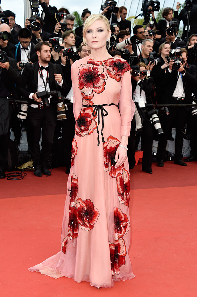 カンヌ国際映画祭「'Cafe Society' & Opening Gala - Red Carpet Arrivals - The 69th Annual Cannes Film Festival」:写真・画像(13)[壁紙.com]