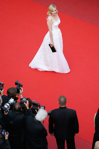 "Kirsten Dunst「""Loving"" - Red Carpet Arrivals - The 69th Annual Cannes Film Festival」:写真・画像(14)[壁紙.com]"
