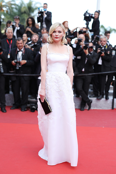 "Kirsten Dunst「""Loving"" - Red Carpet Arrivals - The 69th Annual Cannes Film Festival」:写真・画像(0)[壁紙.com]"