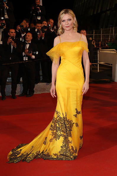 "Kirsten Dunst「""The Neon Demon""- Red Carpet Arrivals - The 69th Annual Cannes Film Festival」:写真・画像(9)[壁紙.com]"