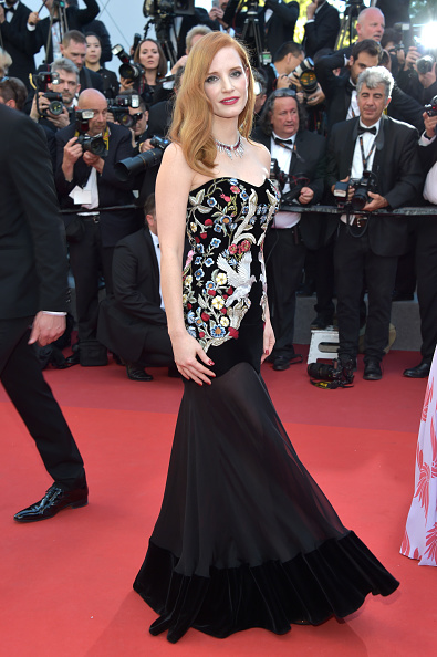 カンヌ国際映画祭「'Ismael's Ghosts (Les Fantomes d'Ismael)' & Opening Gala Red Carpet Arrivals - The 70th Annual Cannes Film Festival」:写真・画像(17)[壁紙.com]